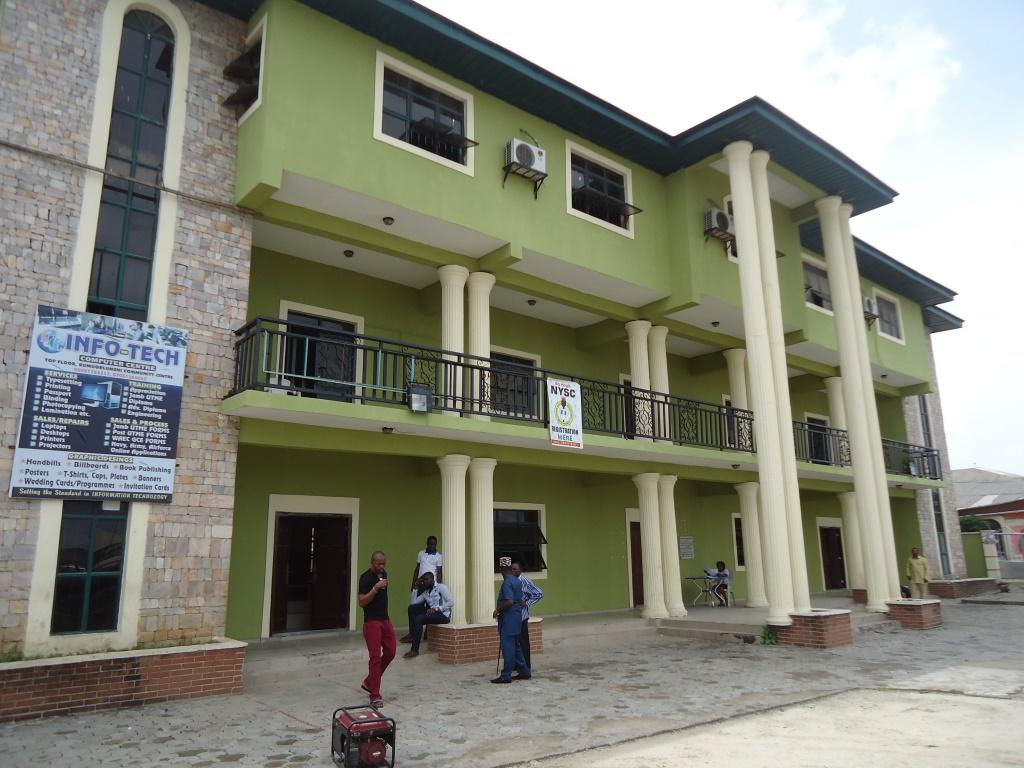 Romourlumeni Community town hall